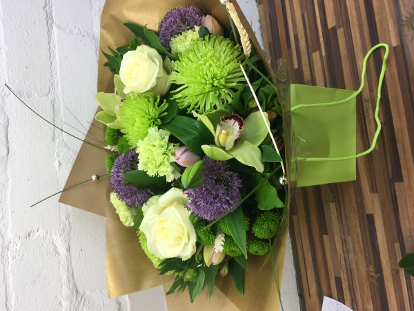 Brodies Blooms and Gifts