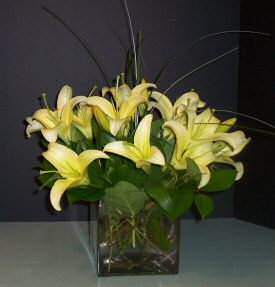 Contemporary Lily Bouquet