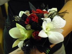 Custom Orchids & Roses