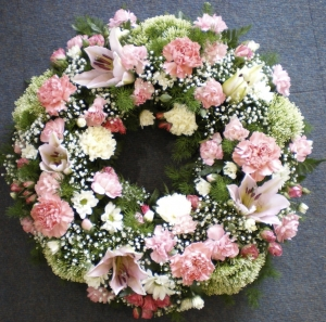 Delicate Pretty Wreath