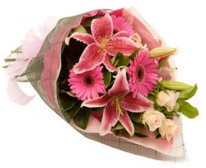 Flower Bouquet Pretty In Pink