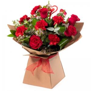 Order Smooch flowers