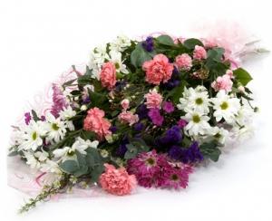 Pink & White Gift Wrap