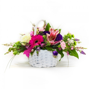 Order A Basket that Delights flowers
