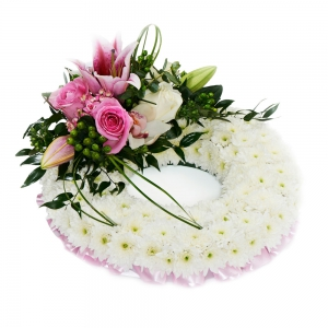 Order Pink Massed Wreath flowers