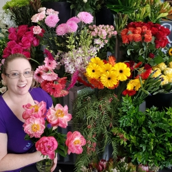 Flowers, Tea & Gifts