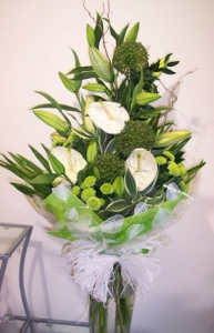 Front Facing Hand Tied Bouquet