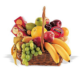 Gourmet Fruit & Snack Hamper
