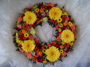 Loose Design Wreath