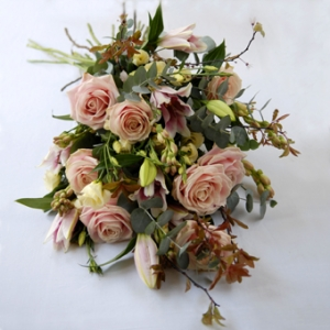 Love Roses Mixed Bunch