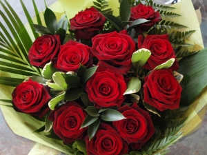 Luxury Dozen Red Rose's