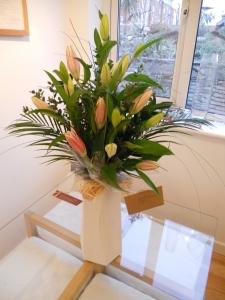 Mixed Lilies Aqua Box