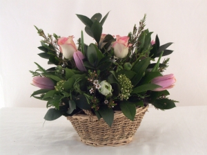 'Perfect Pink' Seasonal Basket