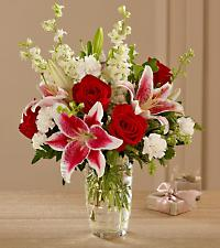 Stargazer Lilies With Roses