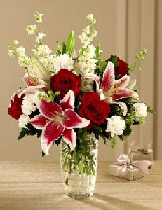 The FTD® Anniversary Bouquet