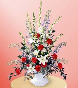 The FTD® Glory Be ™ Arrangement