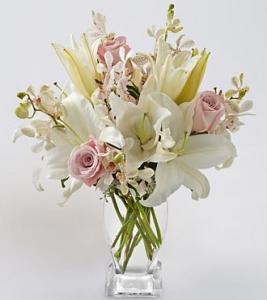 """""""Timeless Beauty Bouquet"""""""