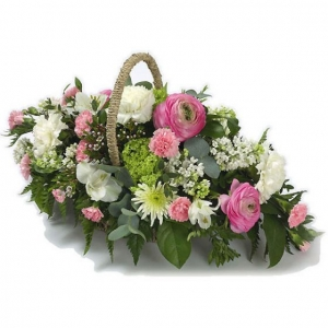 Traditional Basket Arrangement (B020)