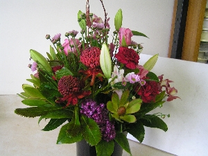 Vase Flowers Red