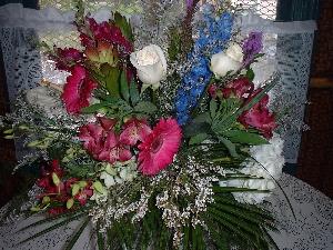 Vibrant WOW Handtied Bouquet